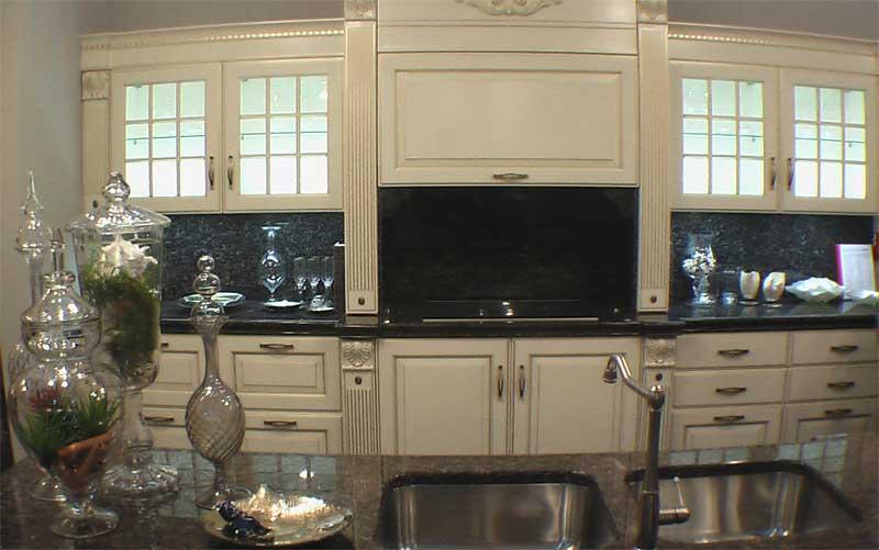 фото кухонной мебели из массива