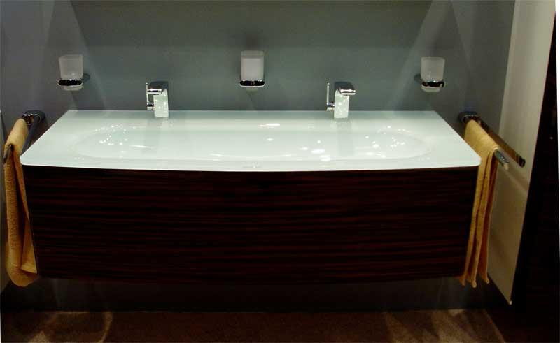 Фото настоящей ванны из акрила