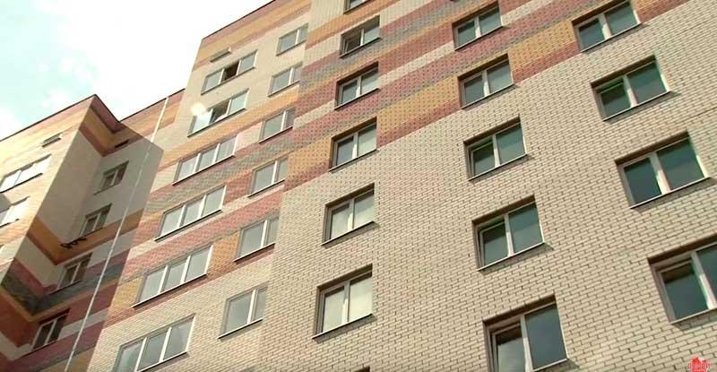 высотный дом из силикатного кирпича фото