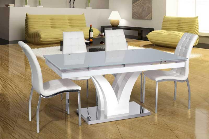 выбор стола для кухни