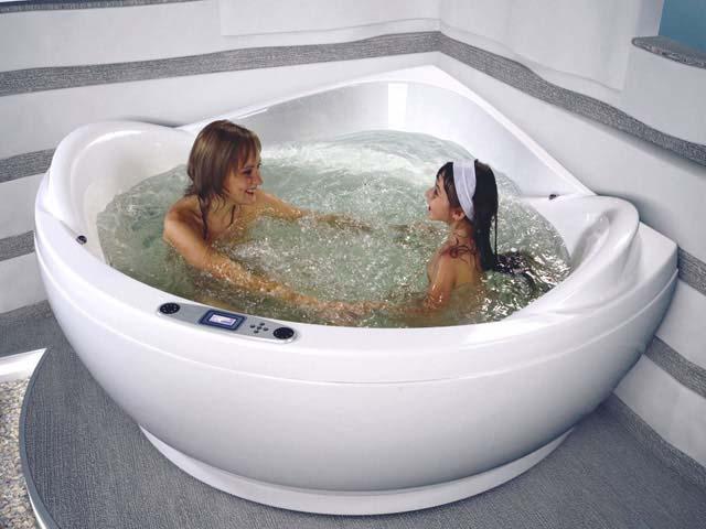 пользование акриловой ванной
