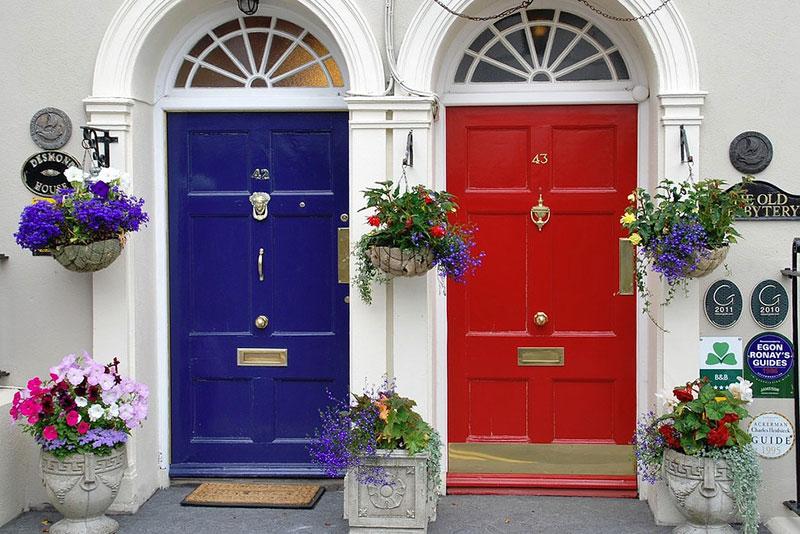 входные металлические двери в дом фото