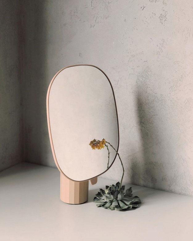 Что такое дизайнерские зеркала, и почему их покупают все чаще?