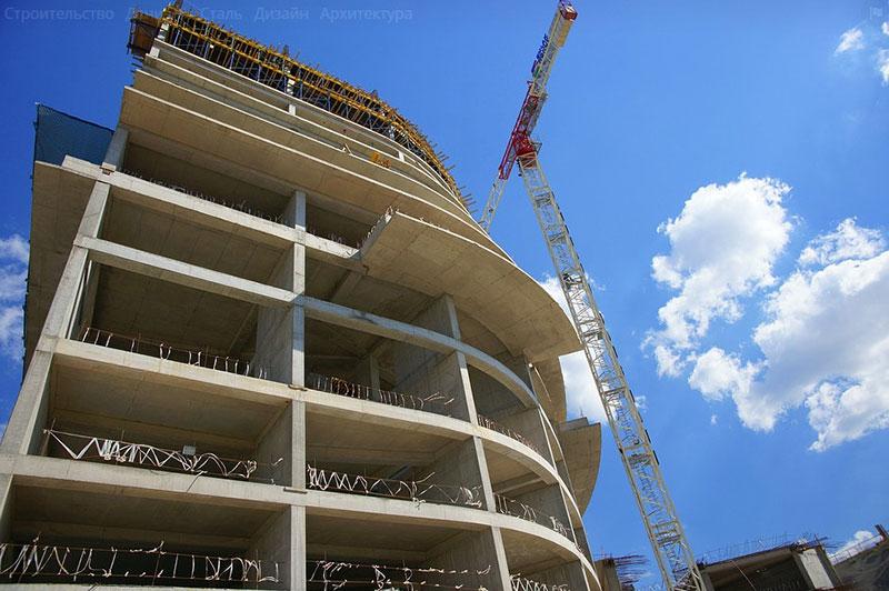 строительство монолитного дома из качественного бетона