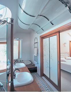 дверь для ванной комнаты, туалета