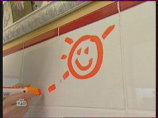 ребенок, рисовать на стенах