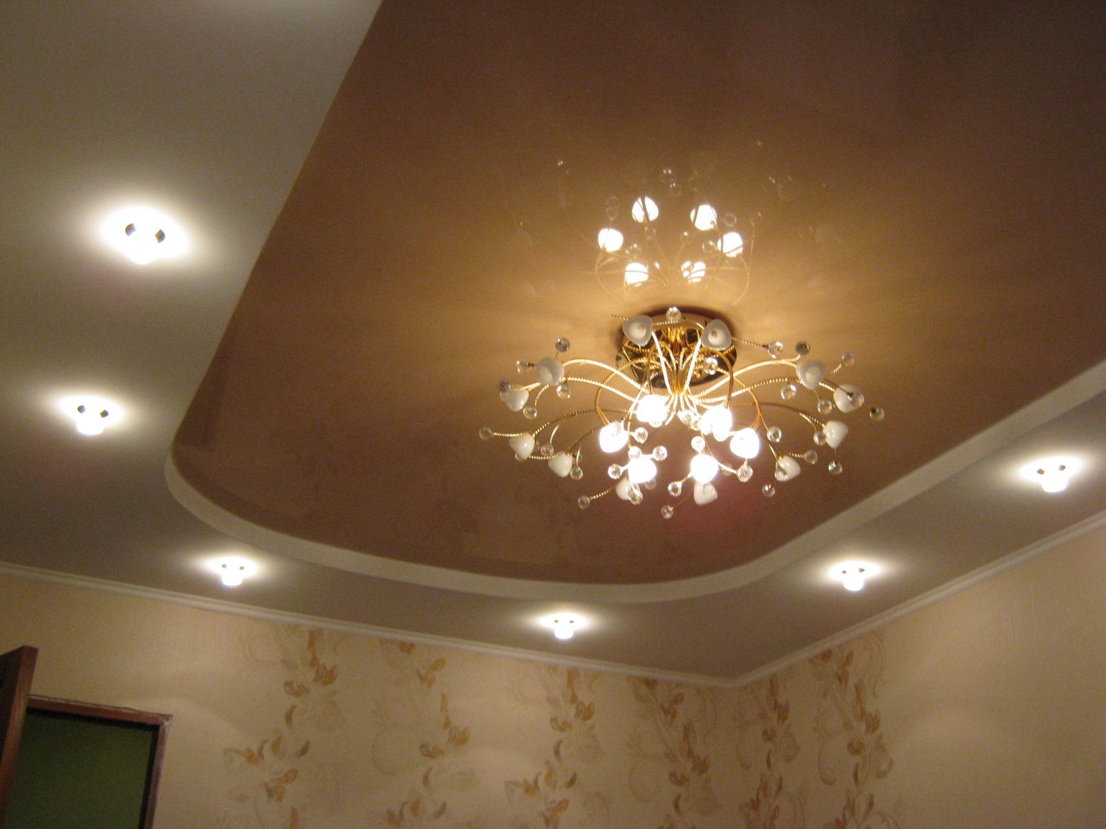 готовый двухуровневый потолок