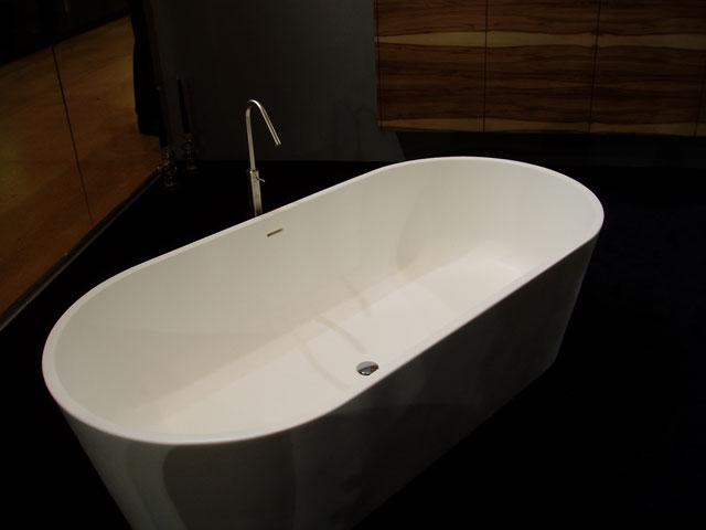 Форма ванной овальная