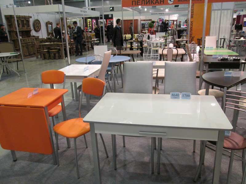 Фото белого стола и стульев