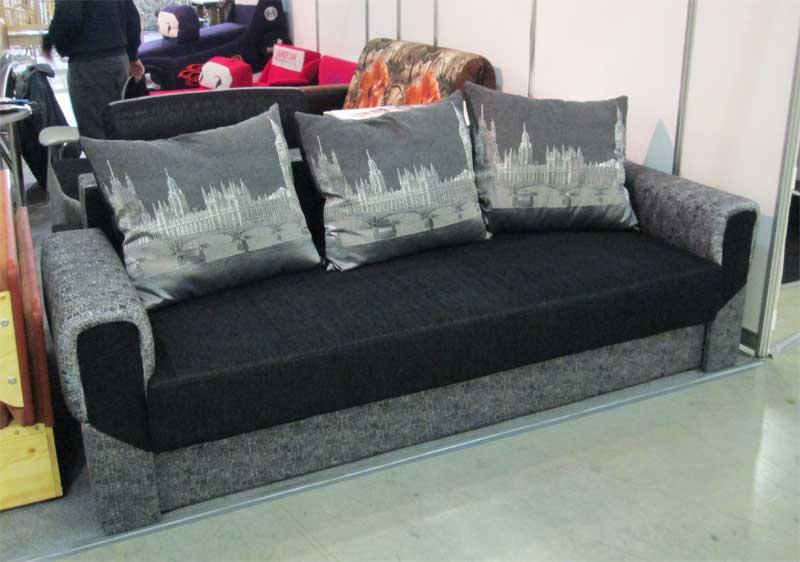 Фото черно-серого дивана