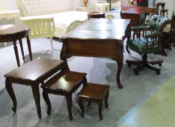 Фото декоративных столиков из дерева