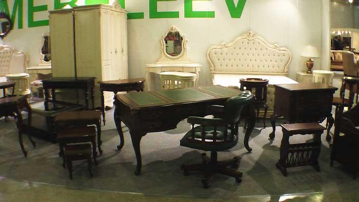 Фото столов из дерева в классическом стиле