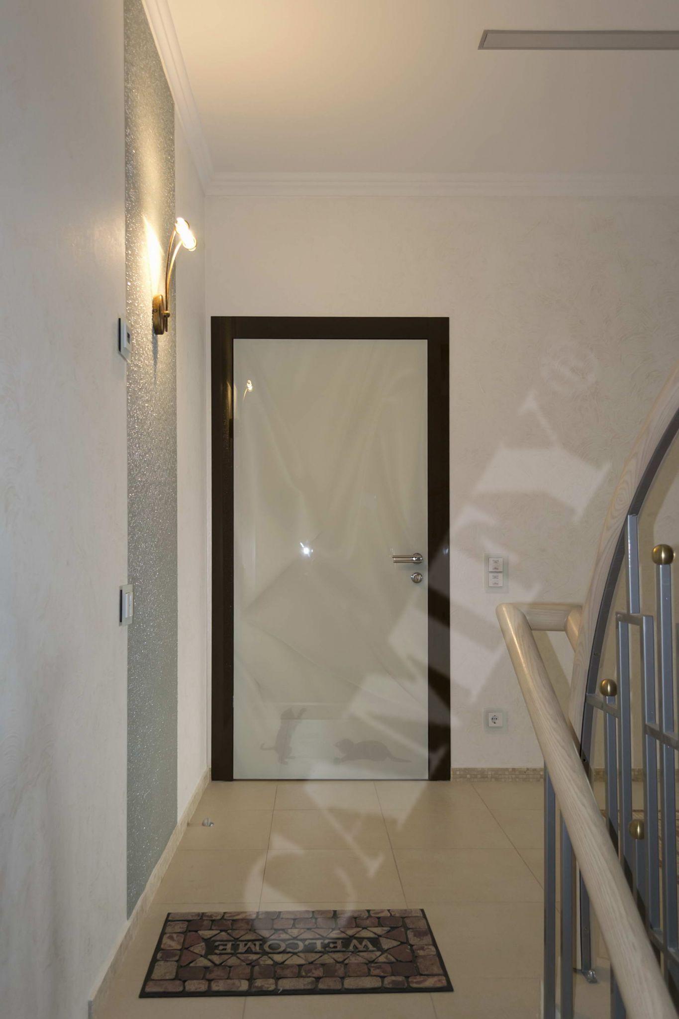 вид входной двери