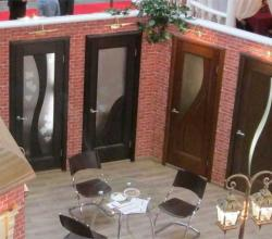 фото межкомнатных дверей из массива