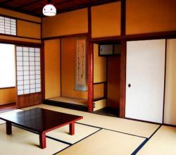 Гостиная в японском минимализме