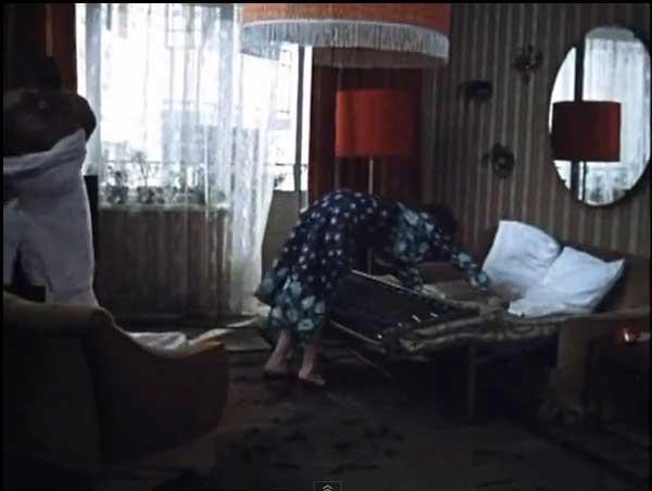 фото раскладного дивана в спальне родителей