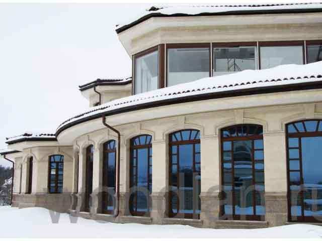 фото современного соснового окна