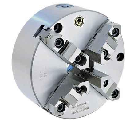 Четырехкулачковый токарный патрон