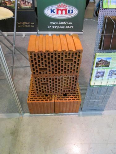 фото крупные кирпичные блоки
