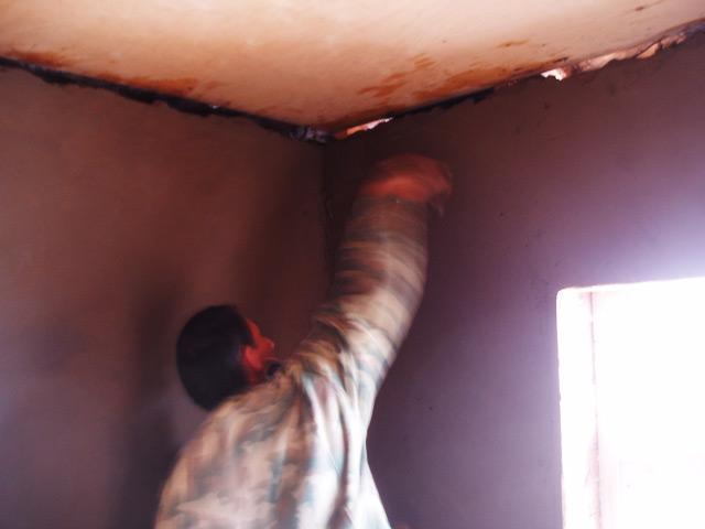 отделка потолков цементным раствором