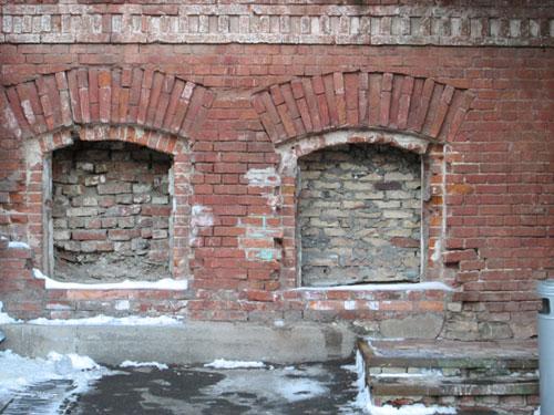 разрушение здания от влаги