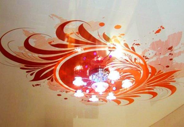 фото монтажа натяжных потолков с спальне