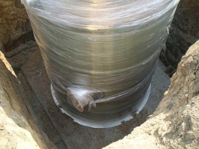 фото пластикового резервуара кнс