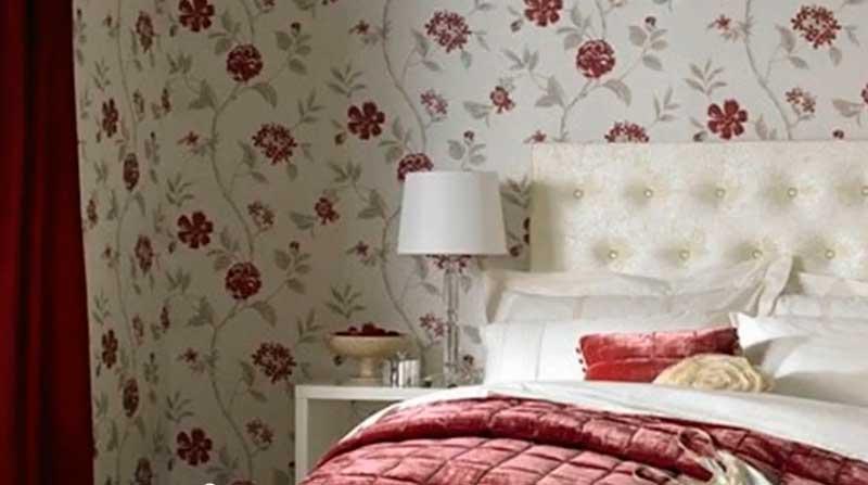 Фото спальни с обоями в стиле ретро