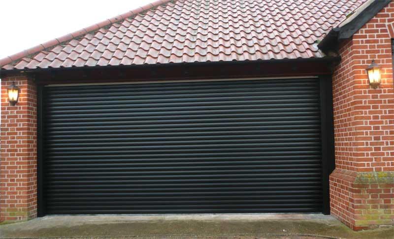 фото гаражных ворот из рольставен