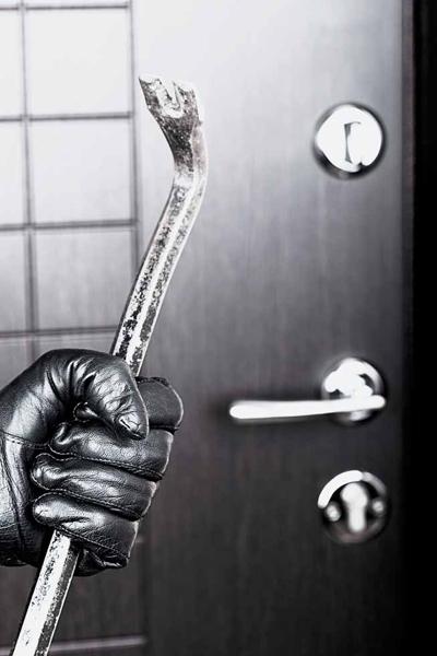 ломик для взлома двери