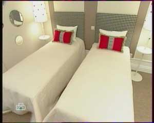 кровати с покрывалами