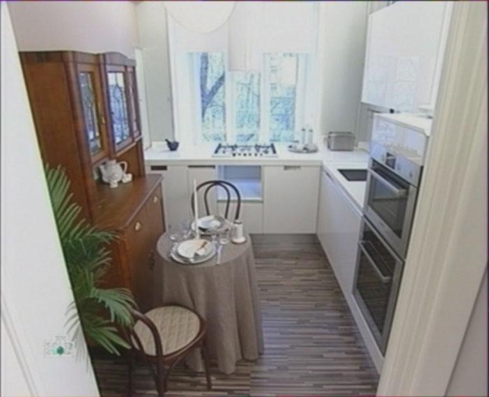 встроенная бытовая техника для кухни, стиральная машина на кухне, кухонная плита, вытяжка, Квартирный вопрос, фото, МАРХи