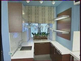 Открытые полки, кухонный шкафчик