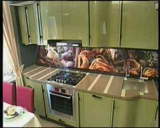 зеленый цвет кухонь фото