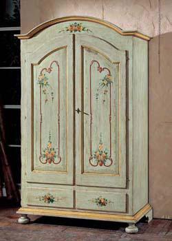 традиционный шкаф, платяной шкаф