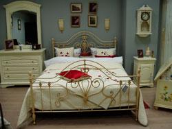 теплый пол в спальне фото