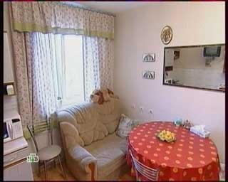 мягкий диван, узкий диван фото