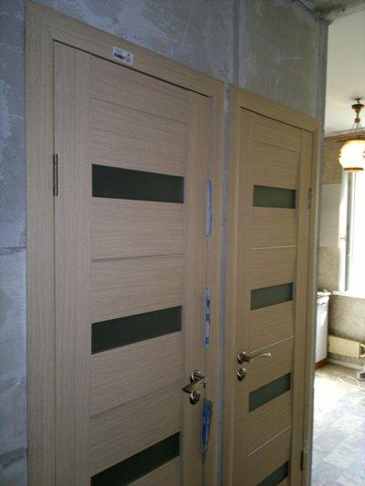 Двери в туалет фото