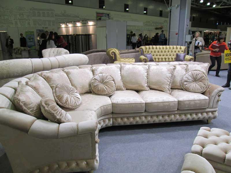 Фото дивана для большой комнаты