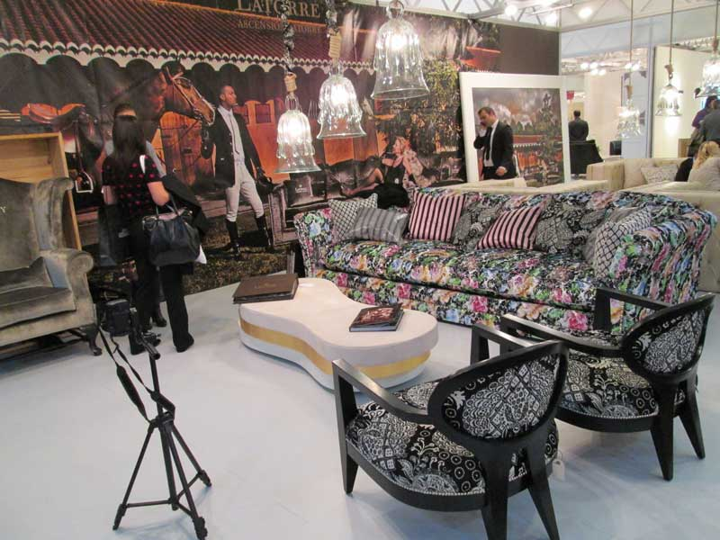 фото дивана и кресла в английском стиле