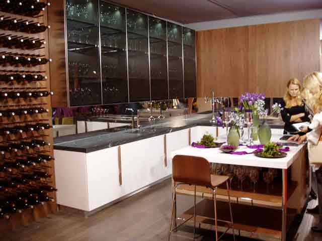 гарнитурная кухонная мебель