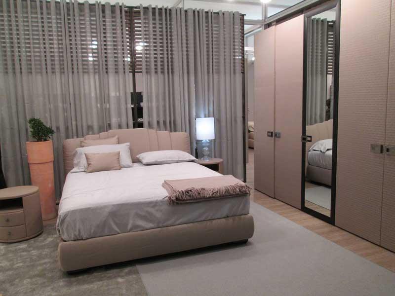 Фото красивого интерьера спальни