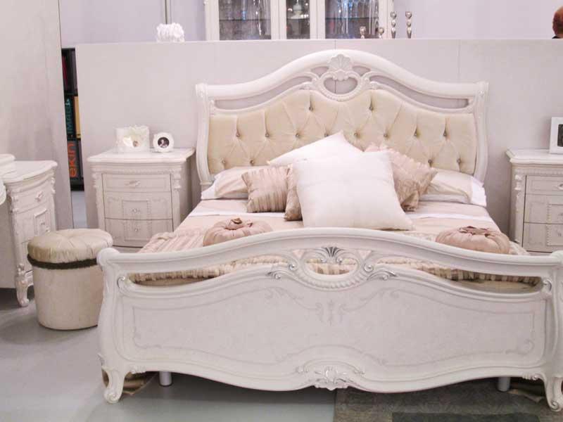 Фото розовой спальни