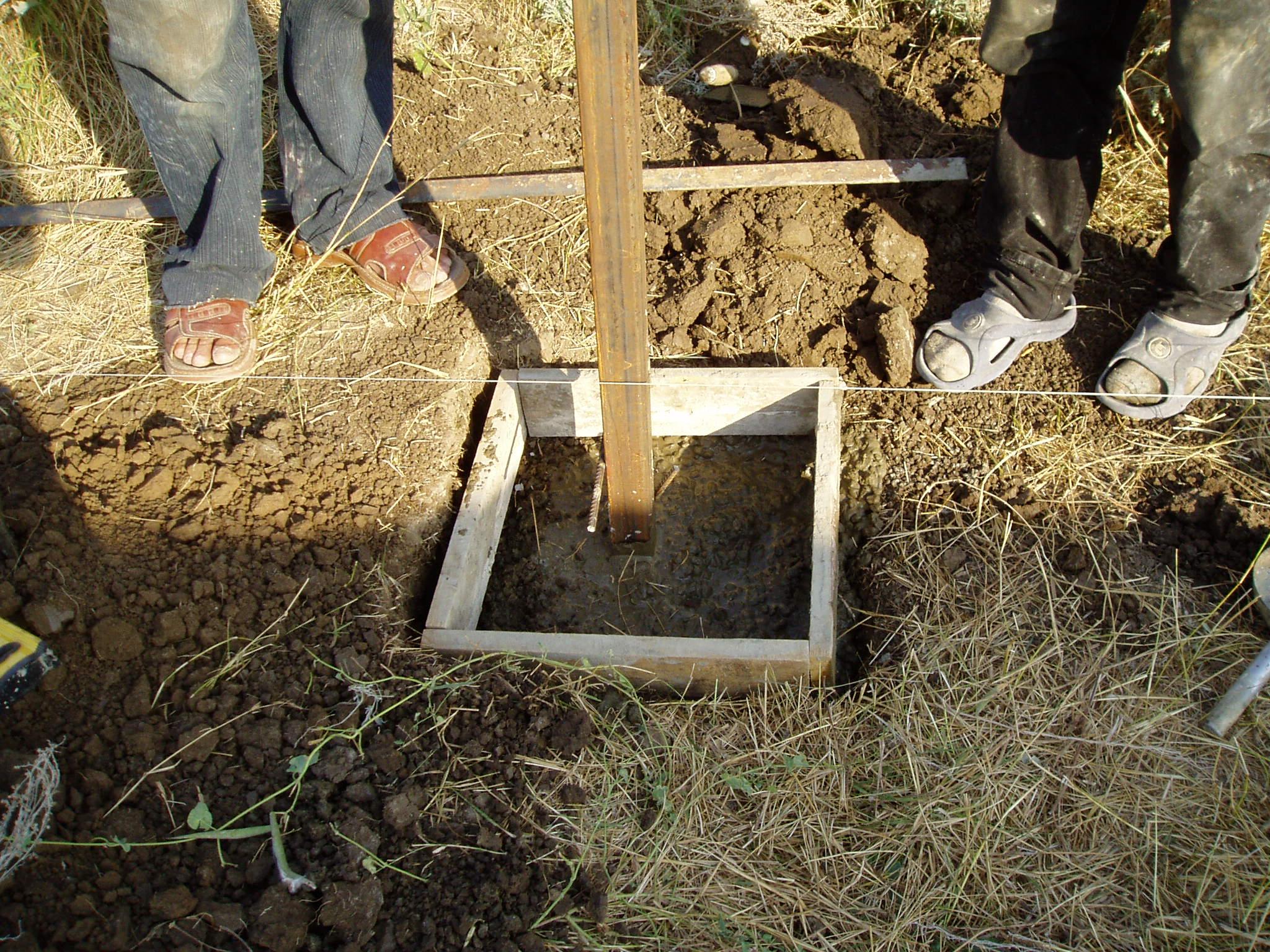 Как вытащить бетонный пасынок из земли своими руками
