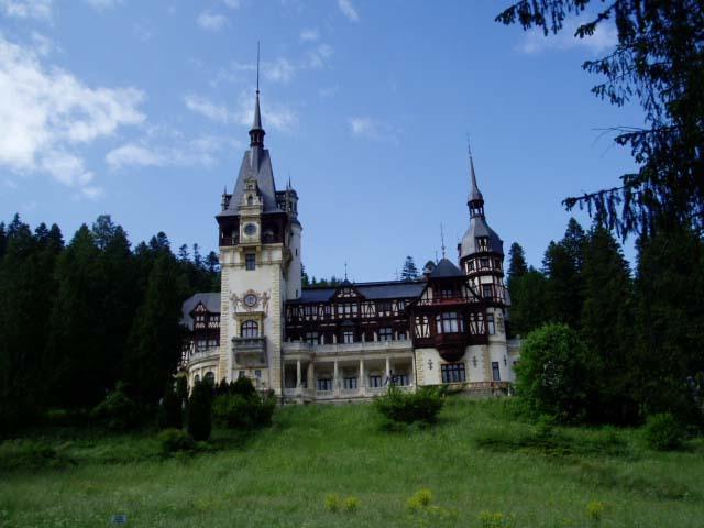 вид румынского замка