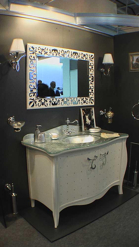 Мебель для санузла - стиль модерн серебристые оттенки