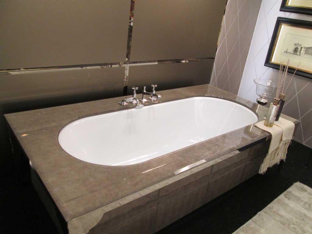Ванна из натурального камня